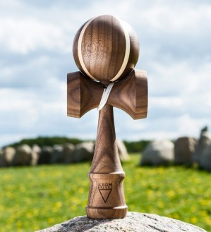 Kendama Deluxe V3 The Cross