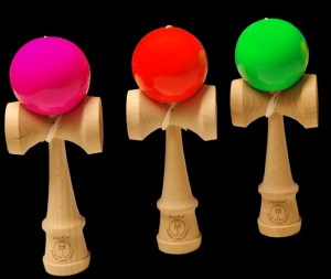 Kendama SunRise Competition UV drei Farben